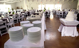 Waters-Edge-Vineyard-Weddings-09