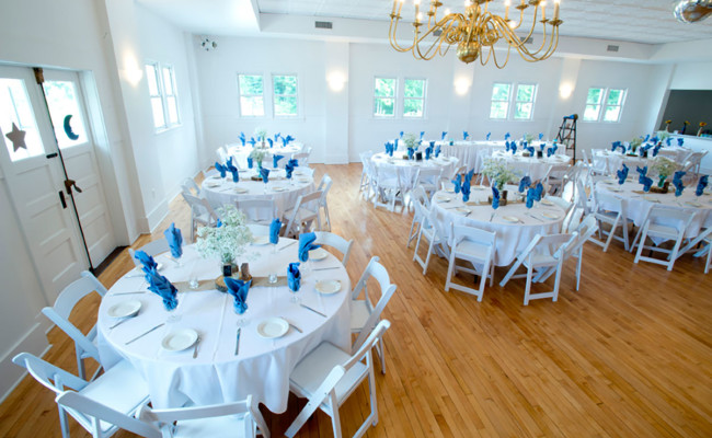 Waters-Edge-Vineyard-Weddings-Ballroom-02