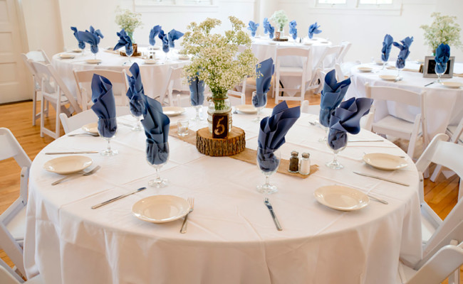 Waters-Edge-Vineyard-Weddings-Ballroom-08