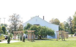 Waters-Edge-Vineyard-Weddings-Exterior-45