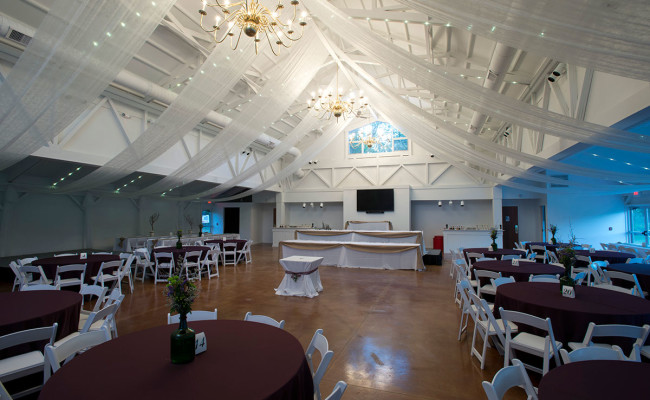 Waters-Edge-Vineyard-Weddings-Great-Hall-15