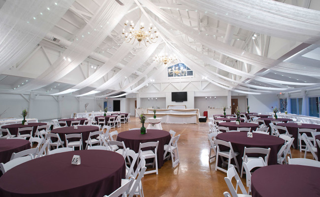 Waters-Edge-Vineyard-Weddings-Great-Hall-18