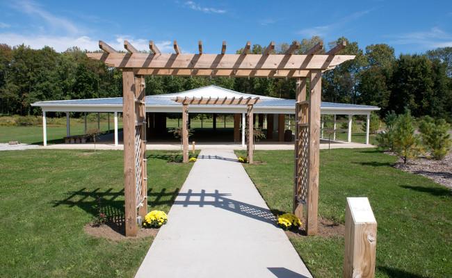 Waters-Edge-Vineyard-Weddings-Pavilion-04