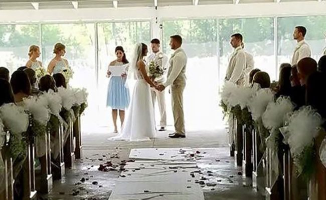 Waters-Edge-Vineyard-Weddings-Chapel-in-the-Pavilion-02